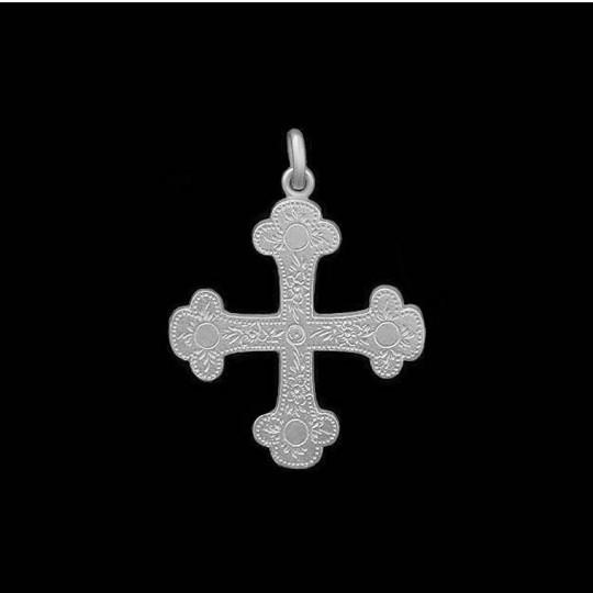Trilobate Cross